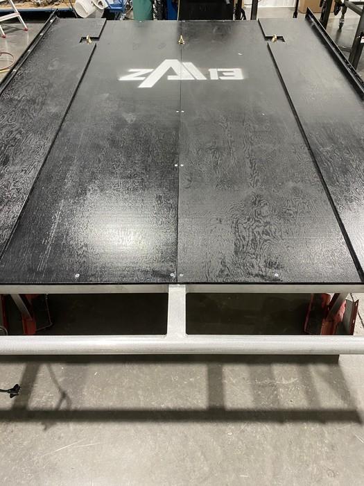 SLED DECK ZONE ATOMIK 13 Extensible Alu/Veneer Noir - 8 PIEDS